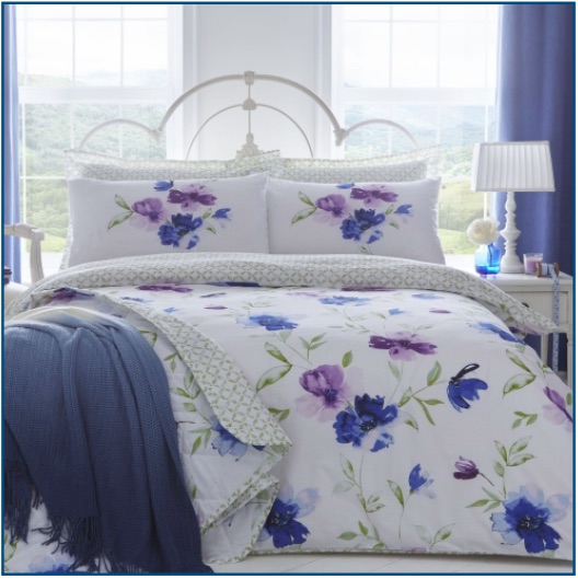 Floral print duvet set in blue and purple