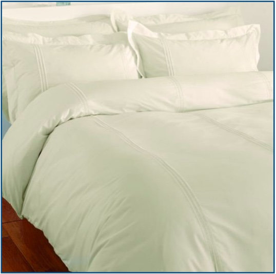Ivory duvet set with three parallel pin tucks
