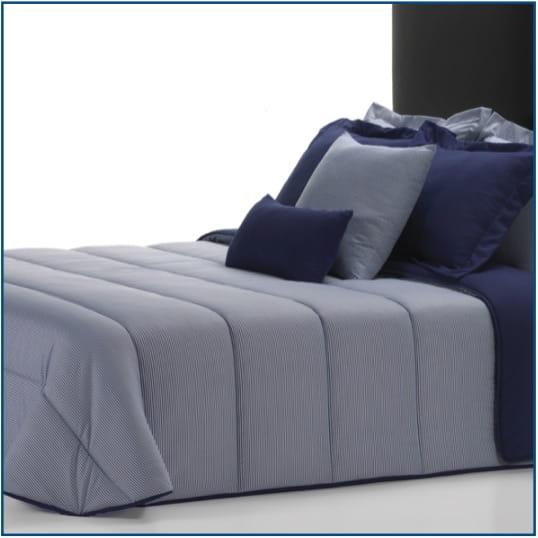 Rayas Azul Bedspread