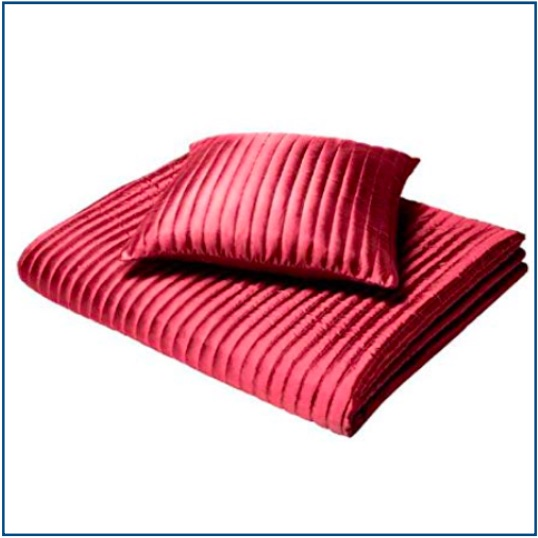 Ribbed red cushion cover