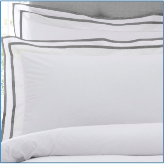 White cotton duvet set with narrow pewter border