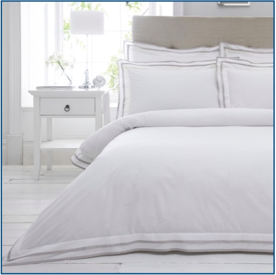 White cotton duvet set with narrow taupe border